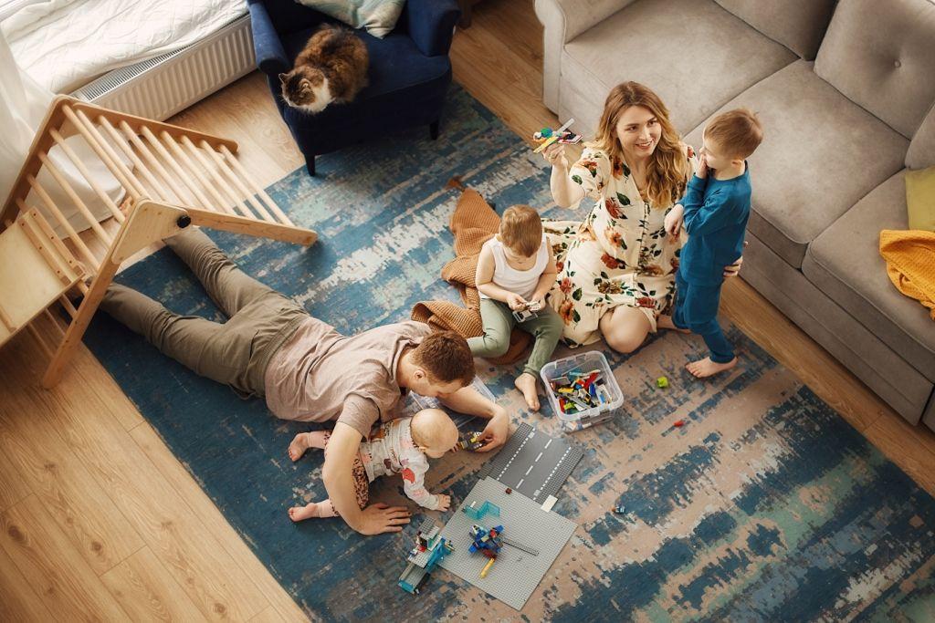 «Один день из жизни семьи». Автор: Тамара Дмитриева