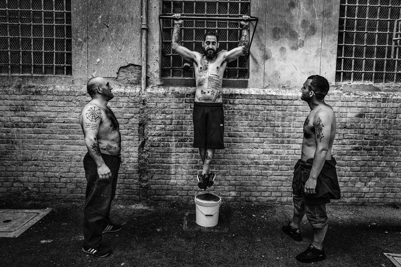 Фигура Христа в римской тюрьме Регина Коэли, 15 мая 2019 г.