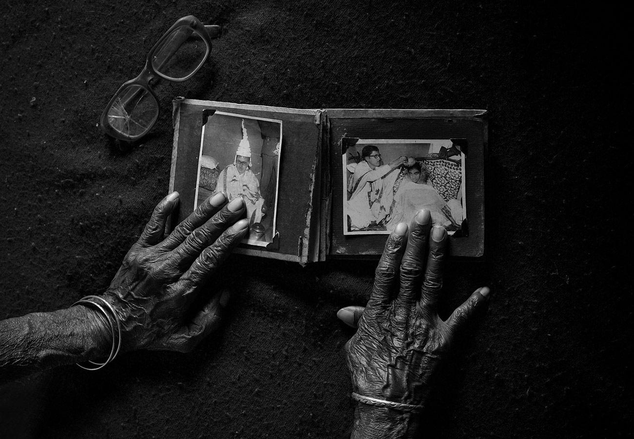 В памяти, © Соурав Дас / Sourav Das, Индия, 3 место в номинации «Чёрно-белое», Фотоконкурс 35AWARDS — 100 Best Photos