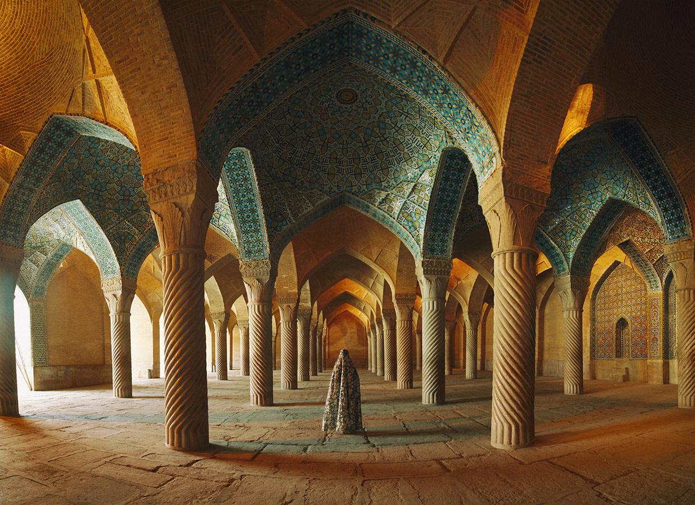 Мечеть Вакил / Vakil Mosque, © Амин Хамиднежад / Amin Hamidnezhad, Иран, 1 место в номинации «Концептуальная фотография», Фотоконкурс 35AWARDS — 100 Best Photos