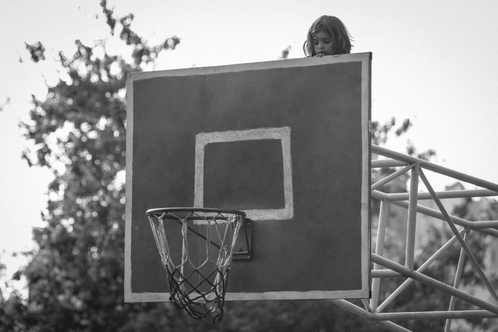"9-е место. © Alena Apanasevich: ""Июнь 2020. Девушка в стритболе"""