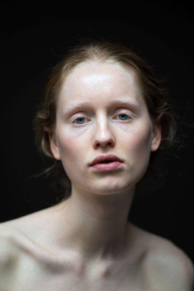 Эмоции между эмоциями, автор Стив Дин Мендес, Бельгия