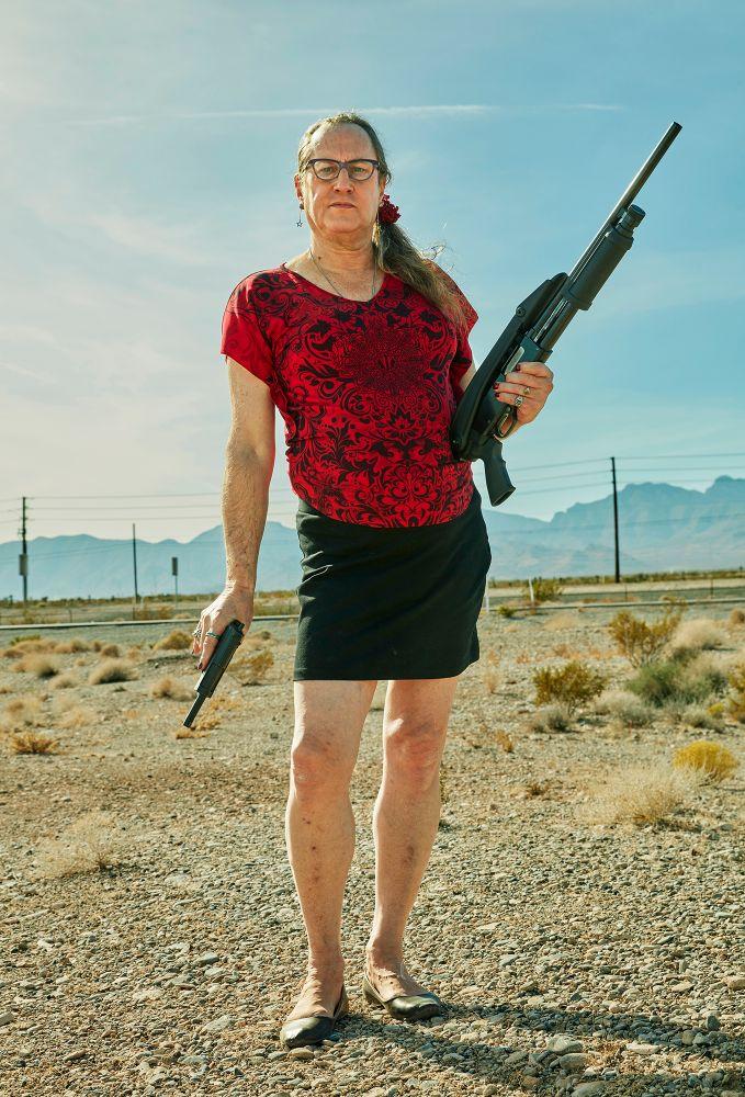 Скрыто: портреты владельцев ЛГБТ-оружия, автор Блейк Литтл, США