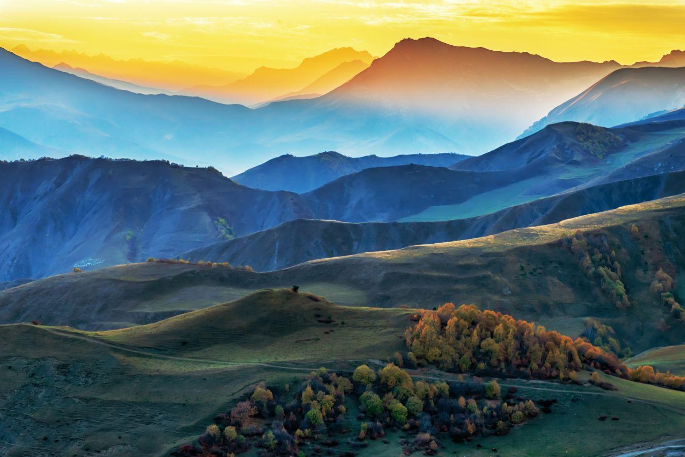 «Закат в горах Ингушетии». Автор: Владимир Иванов