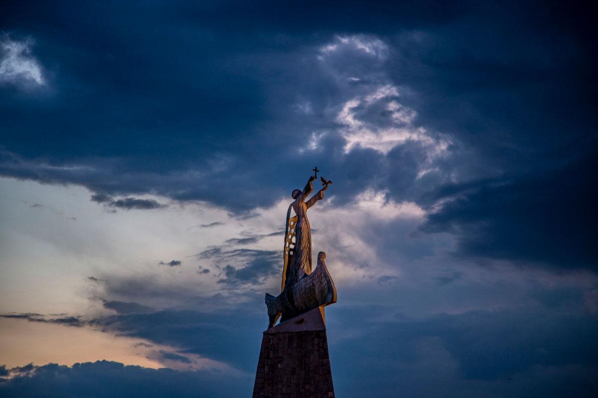 Владислав Курбатов «Святой Николай в лучах заходящего солнца», Несебр, Болгария, 2021