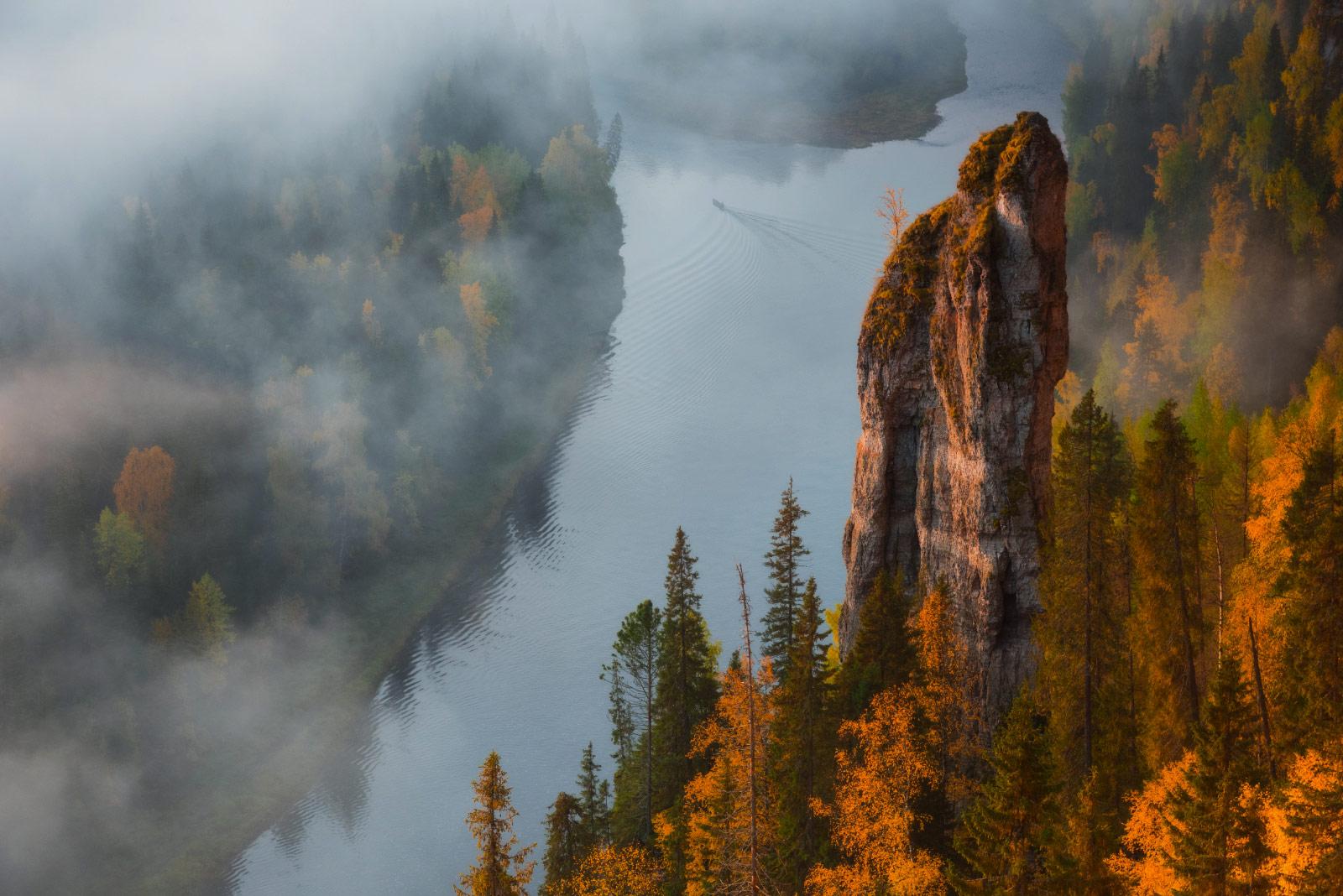 Осень на Усьвинских столбах, Вадим Балакин, Пейзажи, Фотоконкурс «Дикая природа России»
