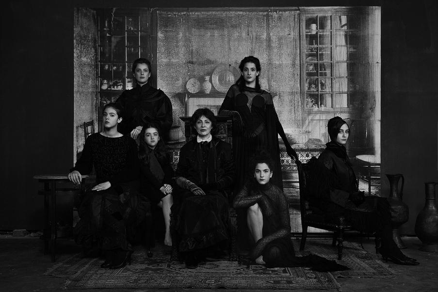 Четыре поколения грузинских женщин, © Андрей КОВАЛЕВ / Andrew KOVALEV, Россия, Фотоконкурс KLPA – Kuala Lumpur Photo Awards