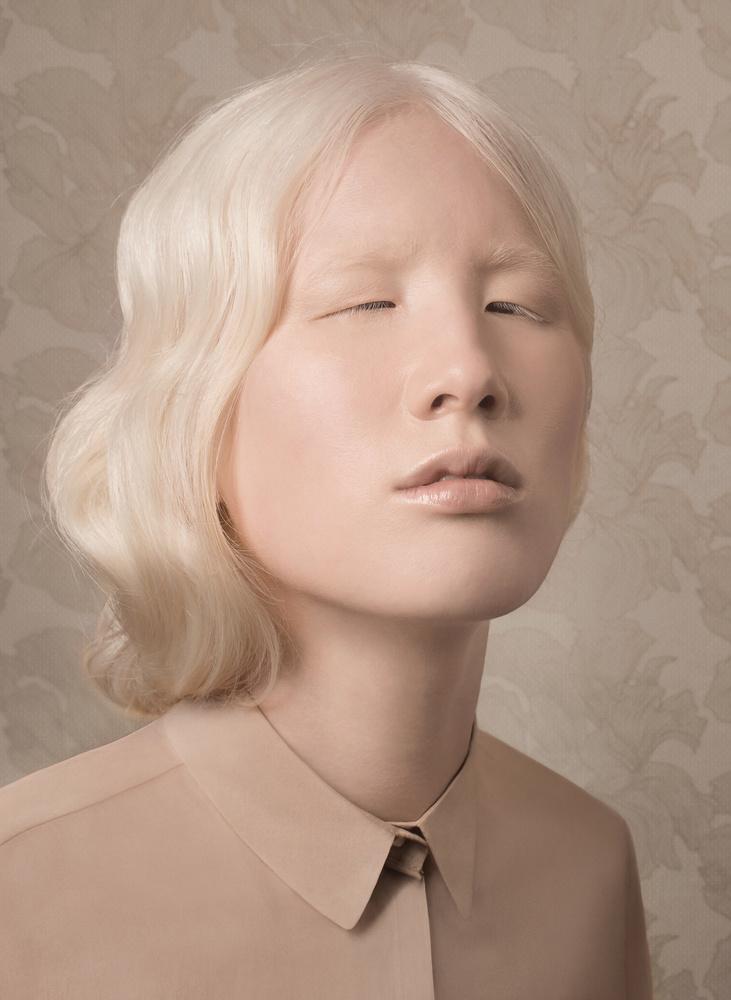 Justine Tjallinks, Нидерландыб LensCulture Portrait Awards