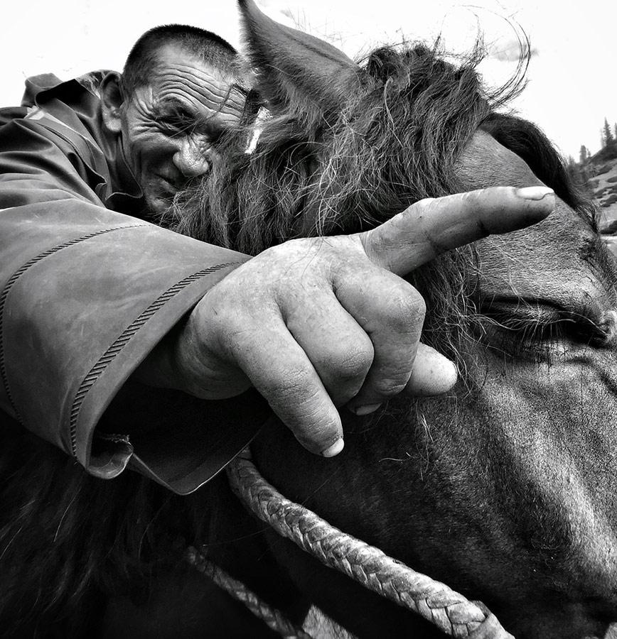 Юнгмей Ванг / Yongmei Wang, Победитель в категории «Люди», Фотоконкурс Mobile Photography Awards – MPA
