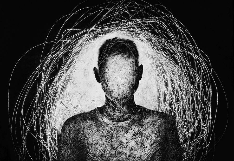 Внутренний свет, © Марина Юшина / Marina Yushina, Россия, Фотограф года в категории «Абстракция», Фотоконкурс Monochrome Photography Awards