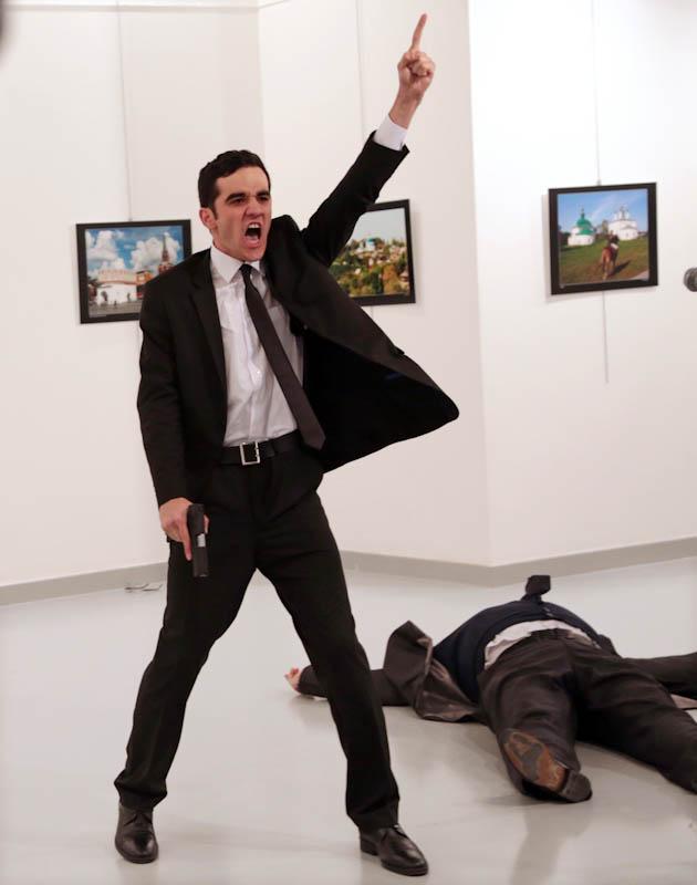 Убийство, Бурхан Озбиличи / Burhan Ozbilici, АП, Свежие новости, Фотоконкурс POY – Pictures of the Year International