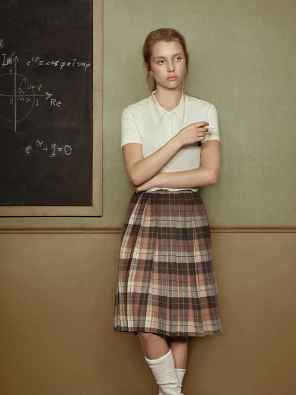 Она в средней школе, © Кристина Варакшина / Kristina Varaksina, 2-е место в категории «Портрет» (профессионал), Фотоконкурс PX3 – Prix de la Photographie Paris