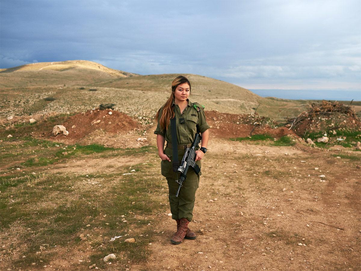 Эмили — одинокий солдат, © Брант Сломович / Brant Slomovic (Канада), Фотоконкурс Renaissance Photography Prize