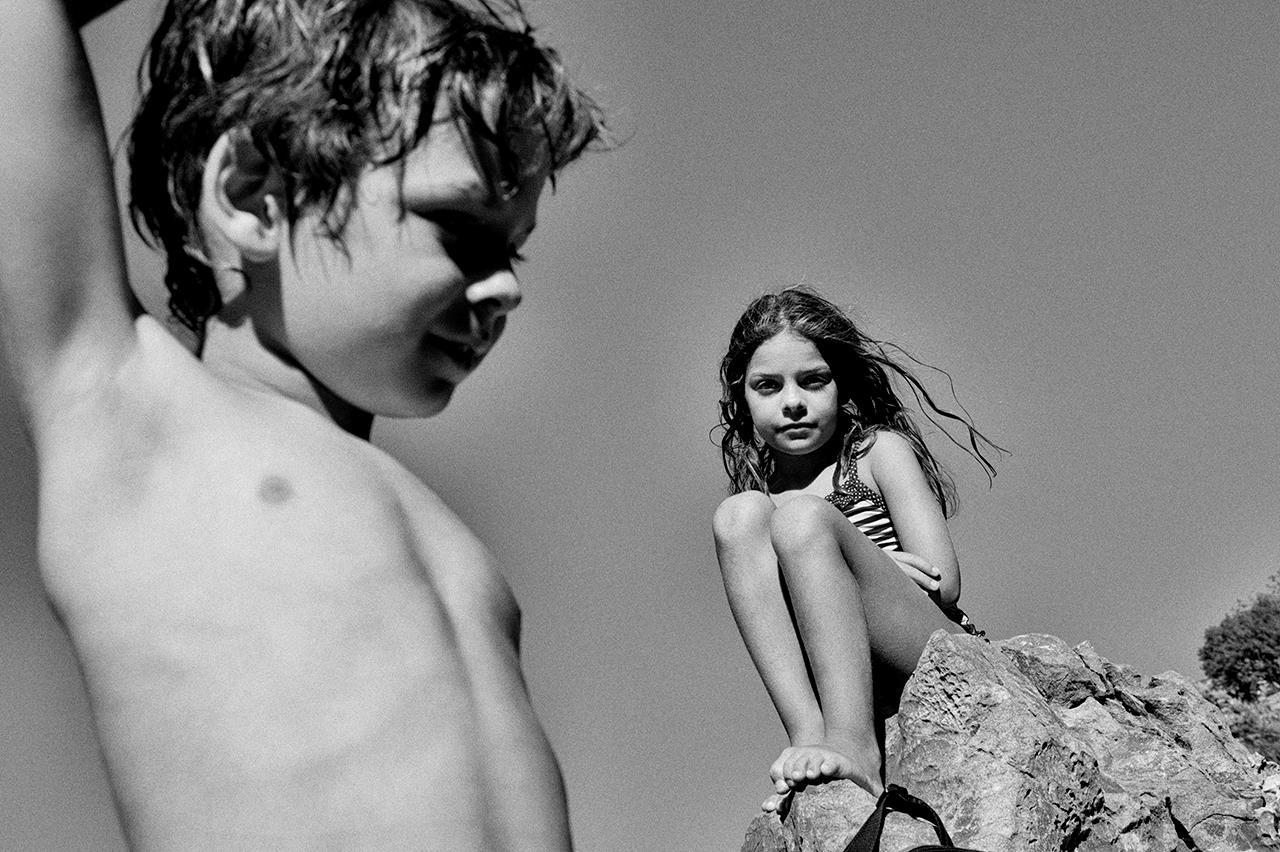 Девочка и мальчик, Теология Досиос / Theologia Dosios, Лос-Анджелес, Калифорния, Фотоконкурс Santa Fe Photographic