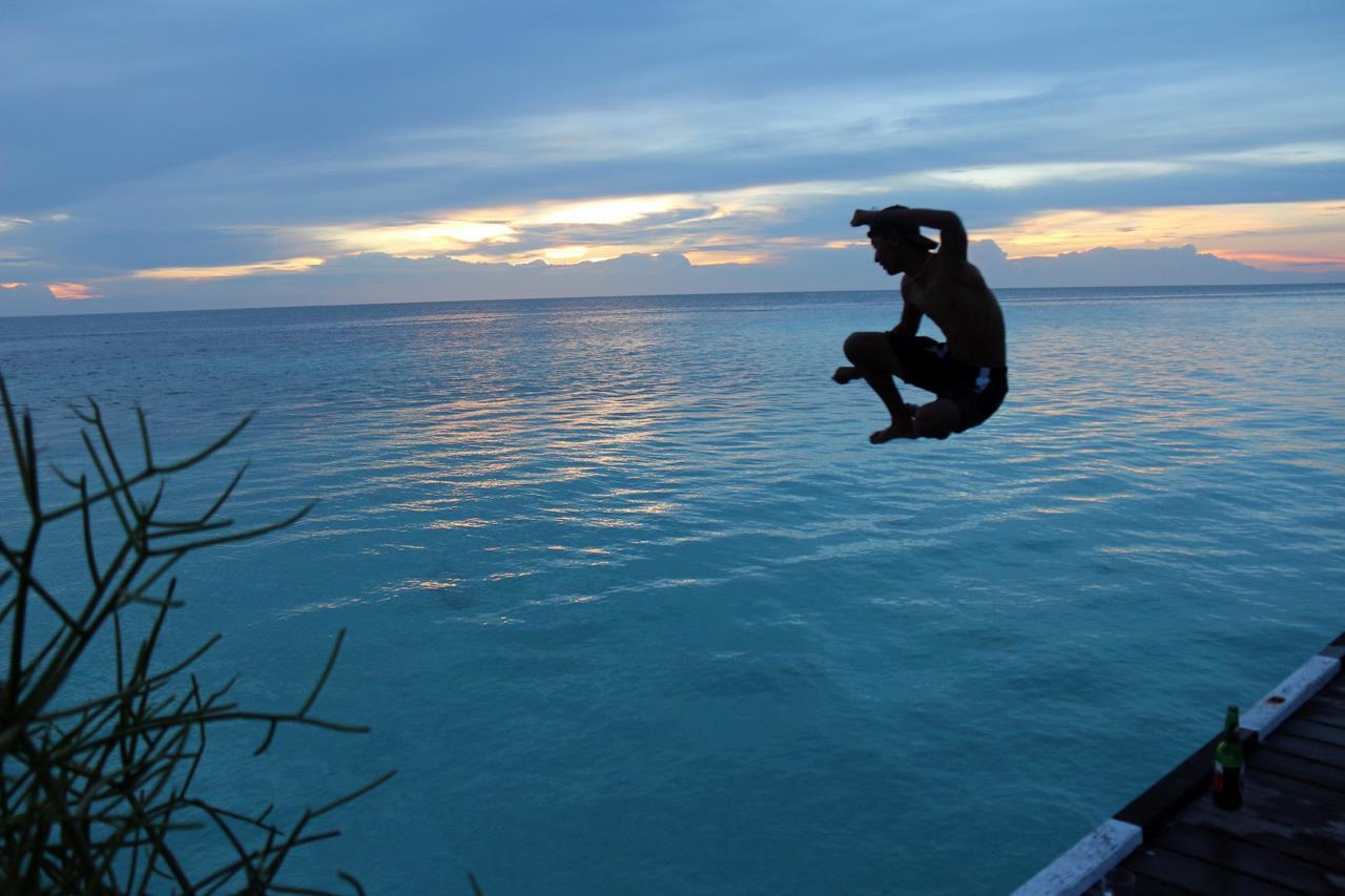 Прыжок в Голубую Лолу, Рейд Аллин / Reid Allin, Белвилл, Онтарио, Канада, Фотоконкурс Santa Fe Photographic