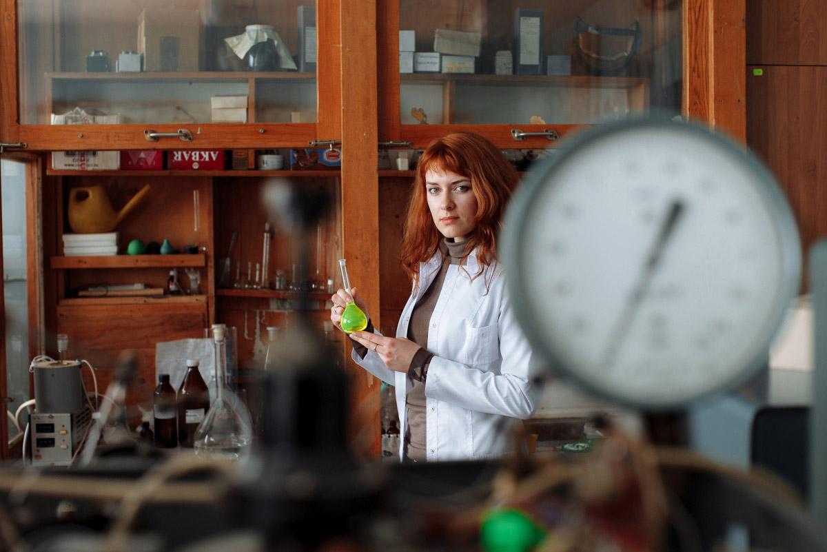 Оноприенко Артем, Химия, Финалист 2017 года в номинации «Люди», Фотоконкурс «Стихии науки»