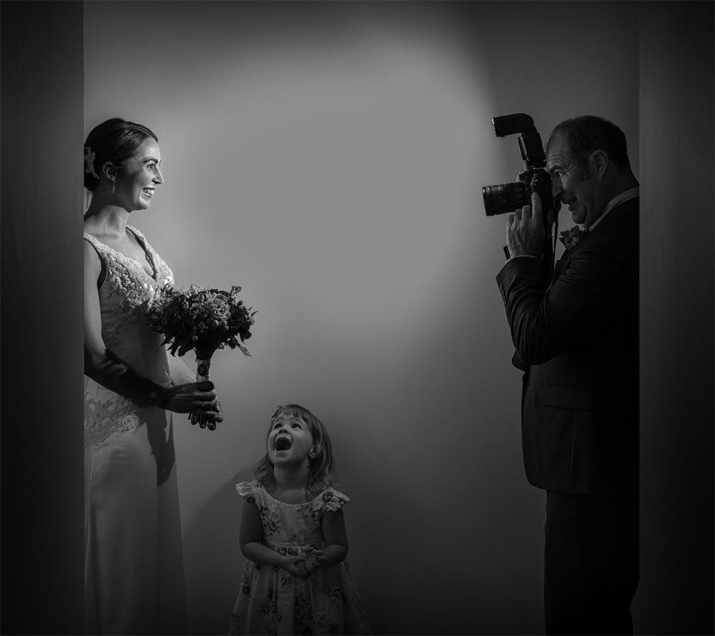 Адам Уайган / Adam Hourigan, Первое место в категории «Свадьба — Свадебная вечеринка / Семья и друзья», Фотоконкурс WPPI Annual Print Competition