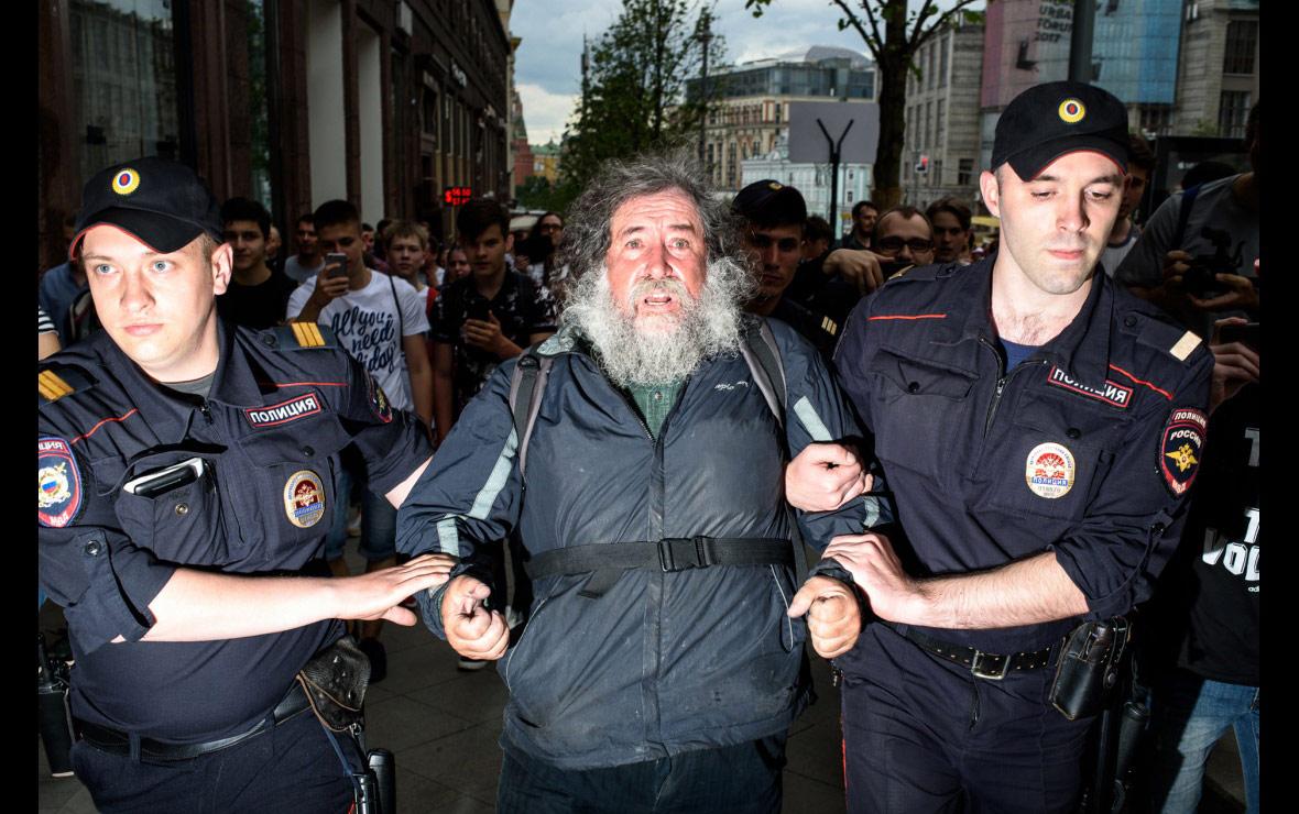 Российская борьба с коррупцией, © Александр Ануфриев, Россия, Конкурс фотографии Allard Prize