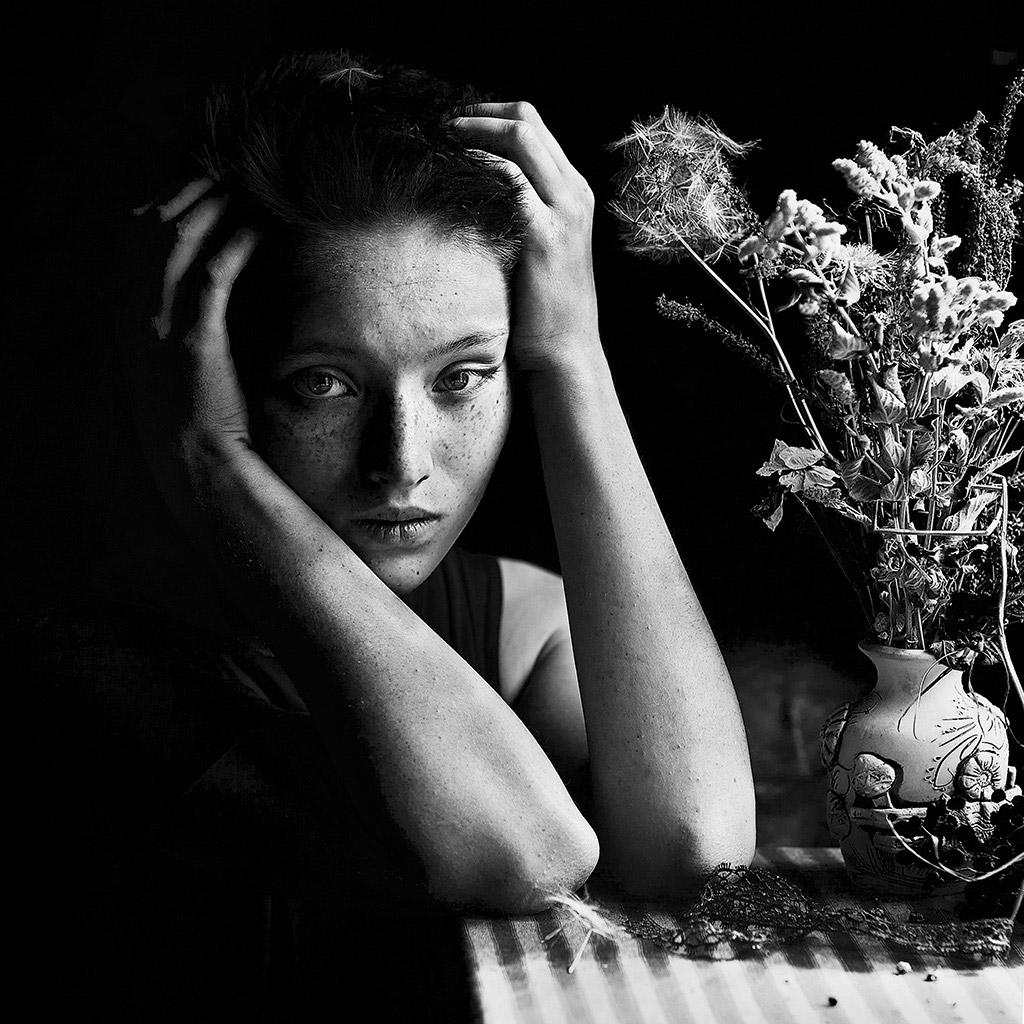 Одуванчик, © Ульяна Харинова, Россия, 1-е место, Конкурс детской фотографии в чёрно-белом