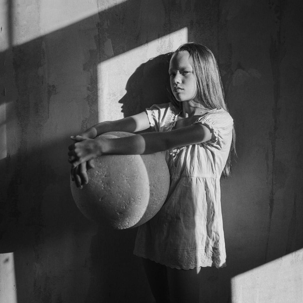 Лера, © Матвеев Евгений, Россия, 2-е место, Конкурс детской фотографии в чёрно-белом