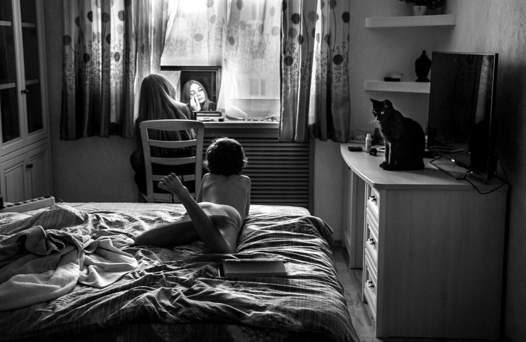 Будни, © Елена Русинова, Россия, 1-е место, Конкурс детской фотографии в чёрно-белом