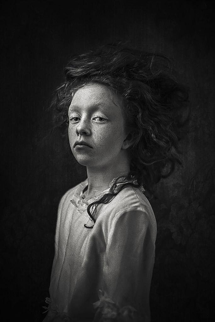 Флер, © Ева Свикла, Нидерланды, 3-е место, Конкурс детской фотографии в чёрно-белом