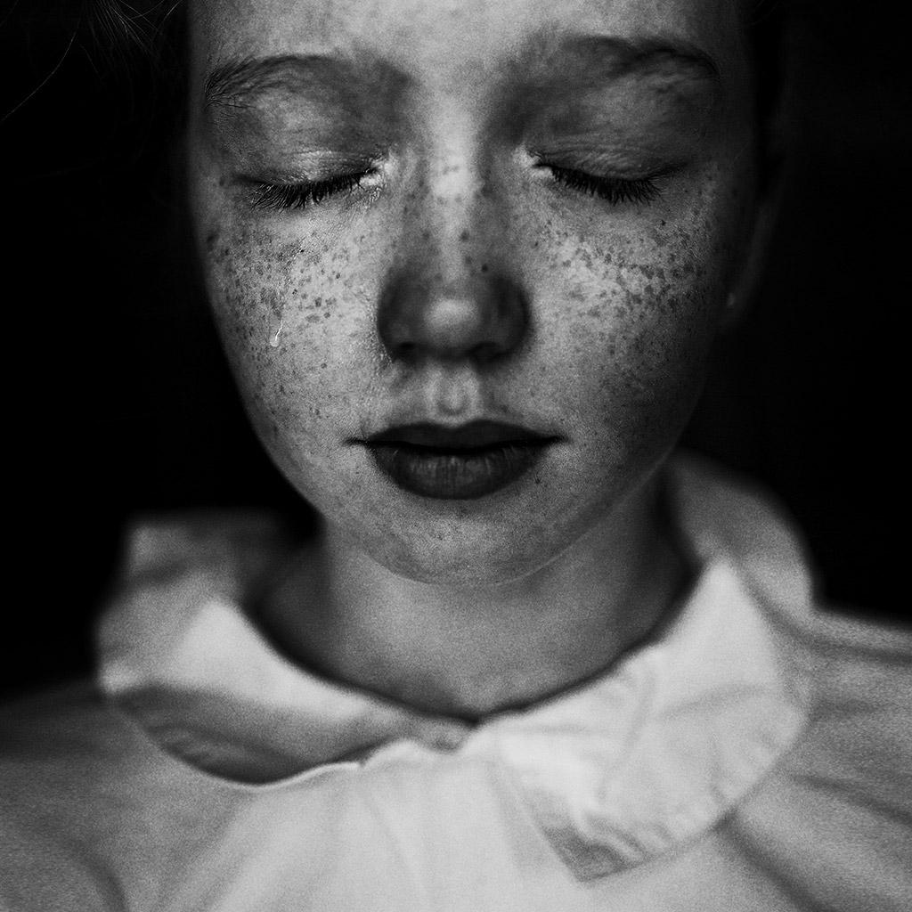 Слеза, © Ульяна Харинова, Россия, 3-е место, Конкурс детской фотографии в чёрно-белом