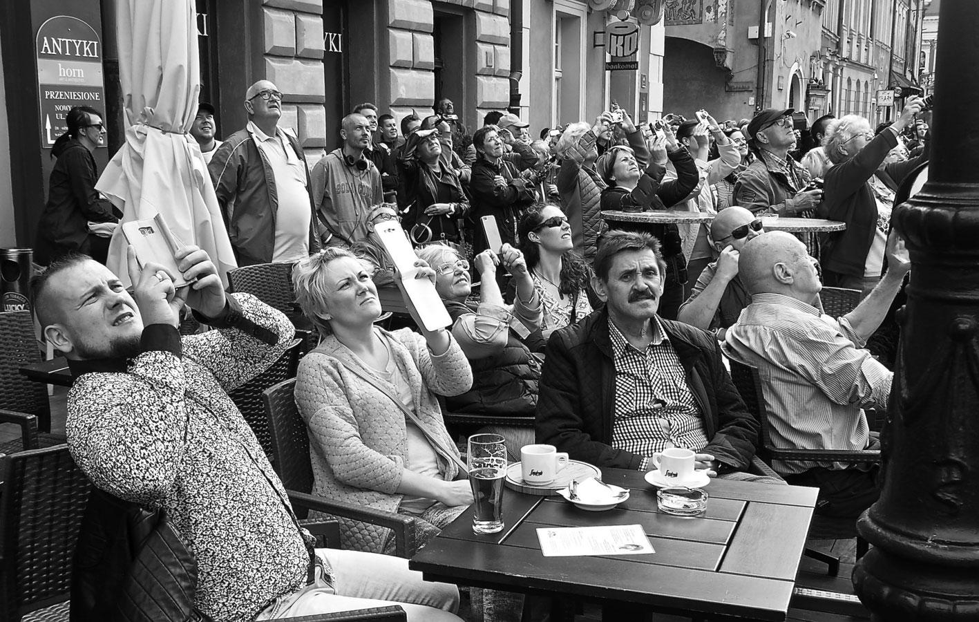 На что ты смотришь? Познань, Польша, © Ричард Морган, Победитель конкурса, Фотоконкурс «Городской фотограф года» — CBRE Urban Photographer of the Year