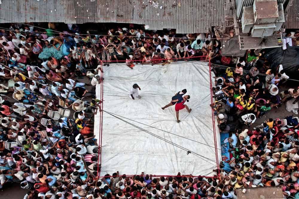 Женская борьба. Калькутта, Индия, © Дибьенду Дей Чоудхури, Фотоконкурс «Городской фотограф года» — CBRE Urban Photographer of the Year