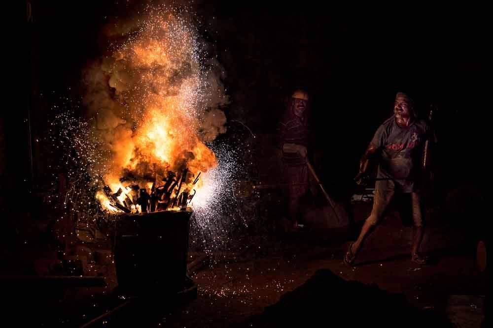 Литейная работа. Ховра, Индия, © Раджу Гош, Фотоконкурс «Городской фотограф года» — CBRE Urban Photographer of the Year