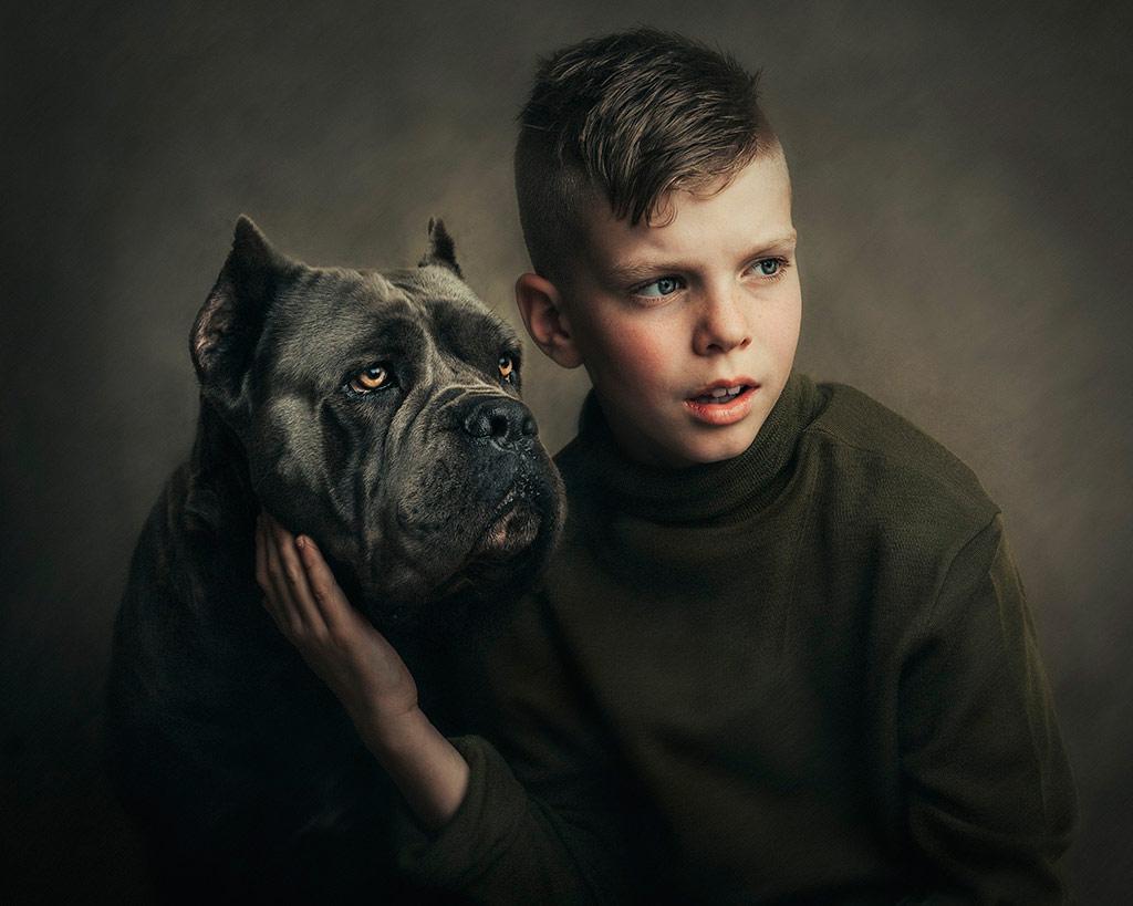 Кадинанд Кане Корсо, © Лиззи Гилмор, Новая Зеландия, Победитель декабря 2018 года, Фотоконкурс «Детский портрет» — CPC Portrait Awards