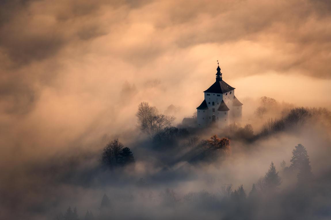 Замок в огне, © Питер Ковачик, 2-е место, Фотоконкурс «Фотограф года от Digital Camera»