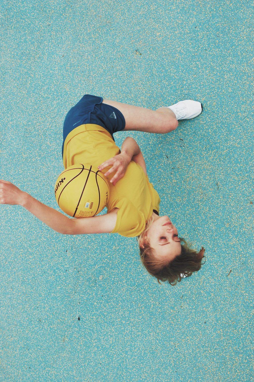 Баскетбол и мода, © Степан Чубаев, 2 место, Серебряная медаль, Фотоконкурс FIBA — Международной федерации баскетбола