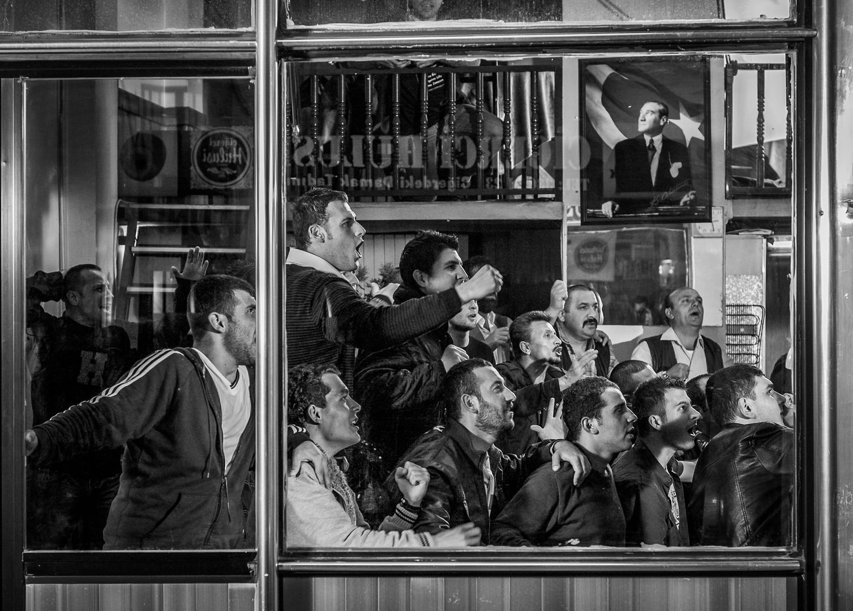 Полная общность, © Онур Эркоскун, 1 место зрительного голосования, Фотофестиваль FIX