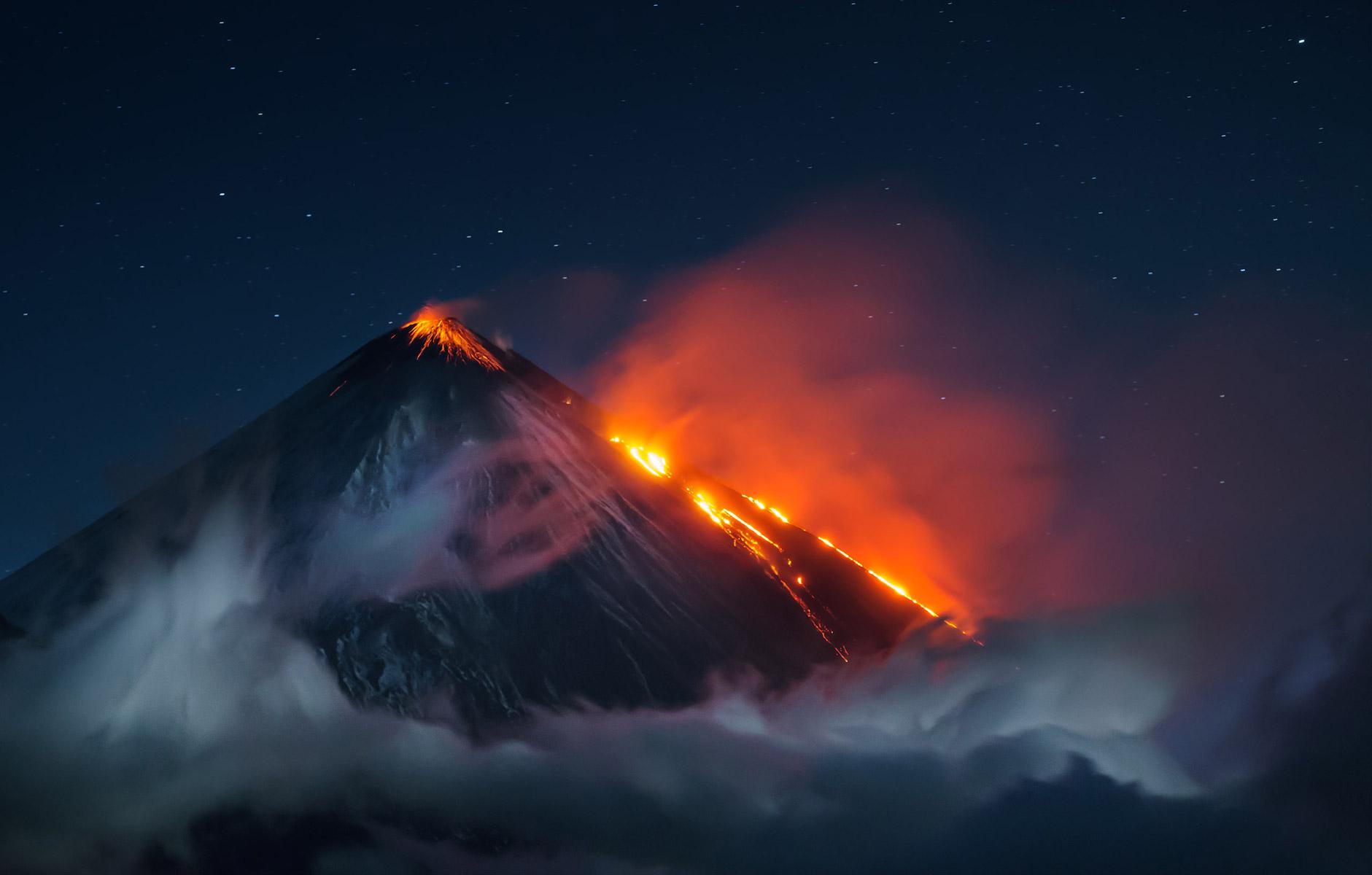 Огненное дыхание планеты, © Владимир Войчук, Победитель, Фотоконкурс «Золотая Черепаха»