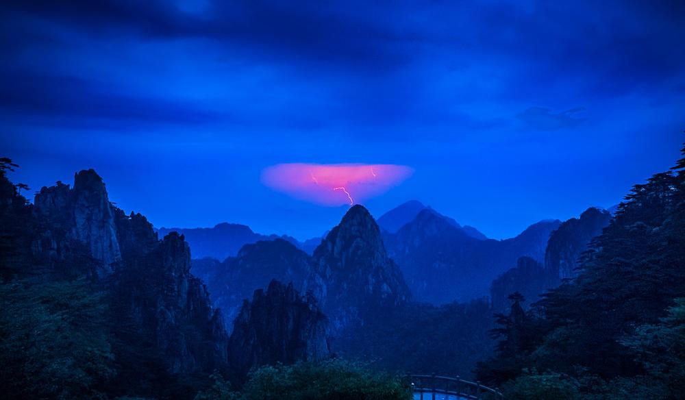Сломанное небо, © Ду Минг Хуи, Конкурс мобильной фотографии Huawei