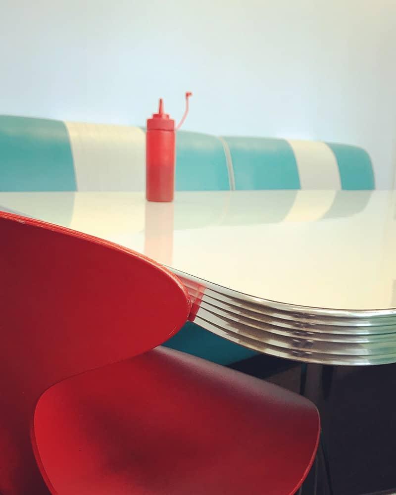 Ресторанчик, © Фиона Бейли, Великобритания, Победитель категории «Натюрморт», Конкурс мобильной фотографии iPhone