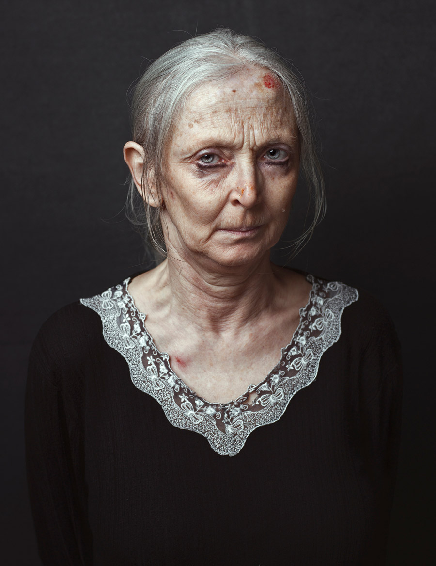 Даниэла: Портрет моей матери, © Нико Джованни Конильо / Niko Giovanni Coniglio, Италия, Финалист конкурса, Фотоконкурс «Портрет» — LensCulture Portrait Awards