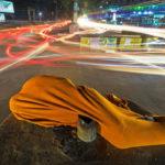 Сглаживание героев, © Соврав Дас, Бангладеш, 1 место, Фотоконкурс уличной фотографии LensCulture
