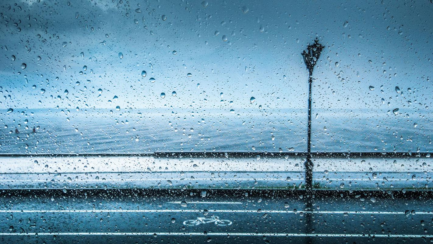 Во время дождя, © Юрий Притиск, Россия, Фильтр: поляризационный (PL), Фотоконкурс Marumi «Городской пейзаж со светофильтром»