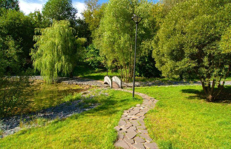 Парк в пойме реки Ивницы