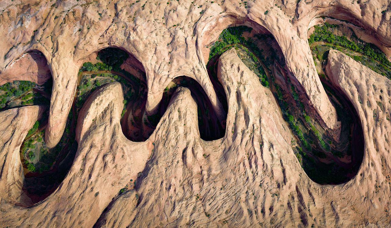 Извилистый каньон, © Дэвид Суиндлер / David Swindler, Народный выбор в категории «Воздушная», Фотоконкурс Nature Photographer of the Year Contest