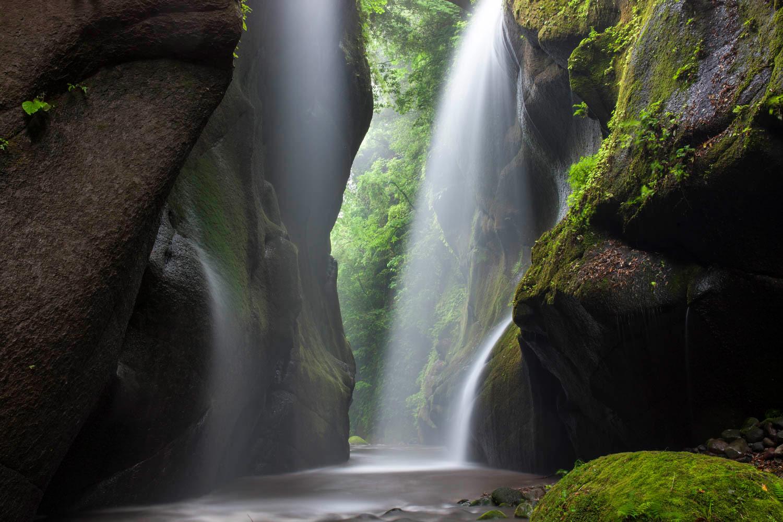 Долина Юфугава. Беппу, Япония, © Кейсуке Ивамото, Саппоро, Япония, Высокая оценка в категории «Пейзаж», Фотоконкурс «Лучшая природная фотография Азии»