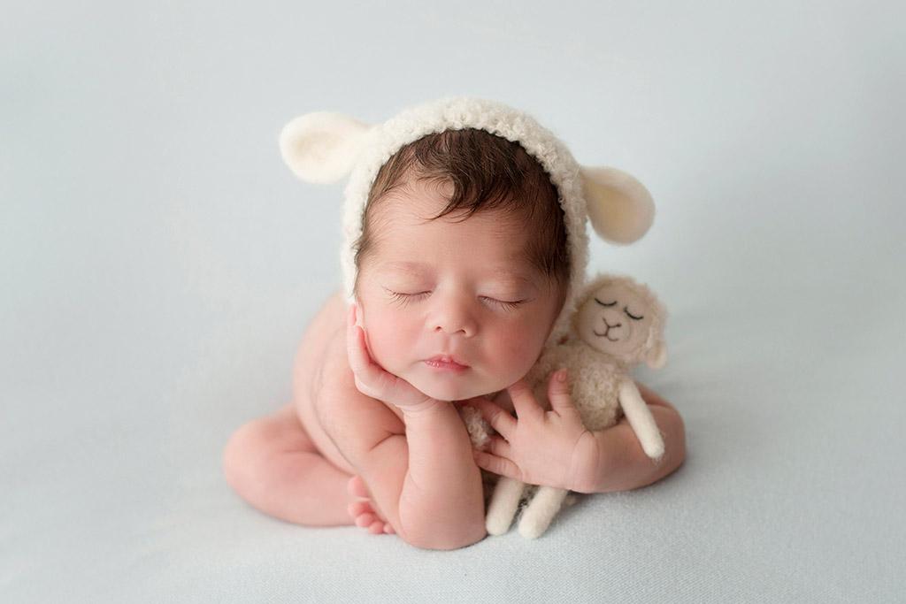 Подсчёт овец, © Вероника Тебан, Испания, 2-е место, Фотоконкурс новорожденных