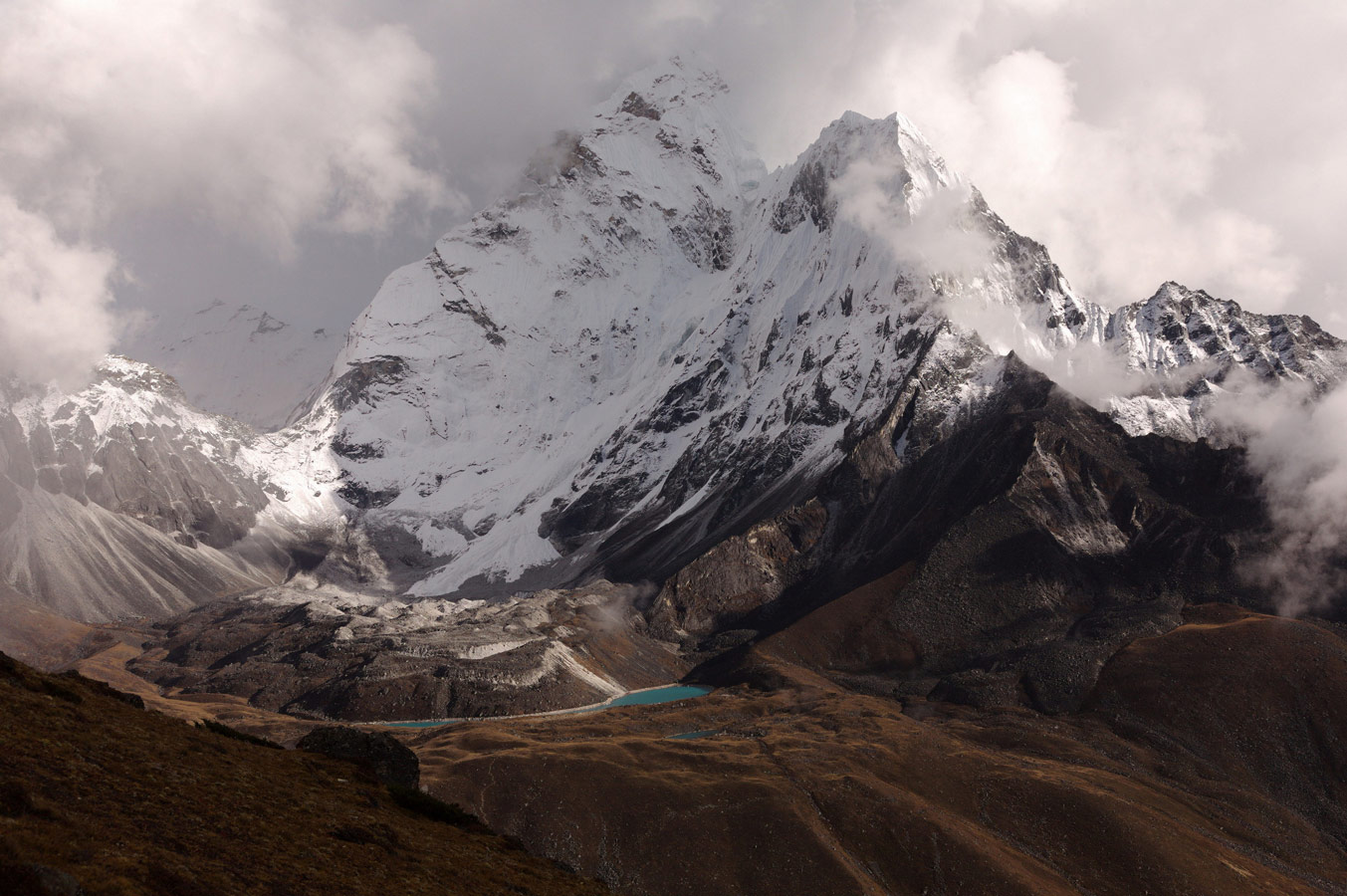 Смена погоды, © Anton, Гора Ама Даблам, Непал, 2013 г., Фотоконкурс «О высоком» от National Geographic Россия