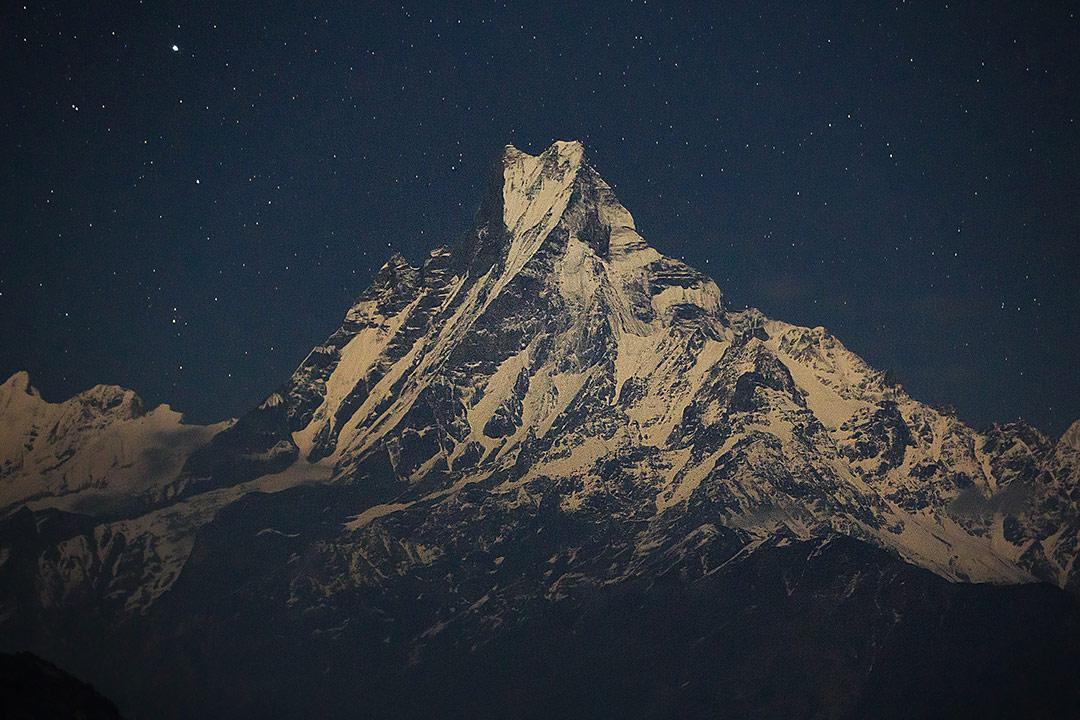 Священная гора непальцев Мачапучаре, © Александр Сафронов, Фотоконкурс «О высоком» от National Geographic Россия