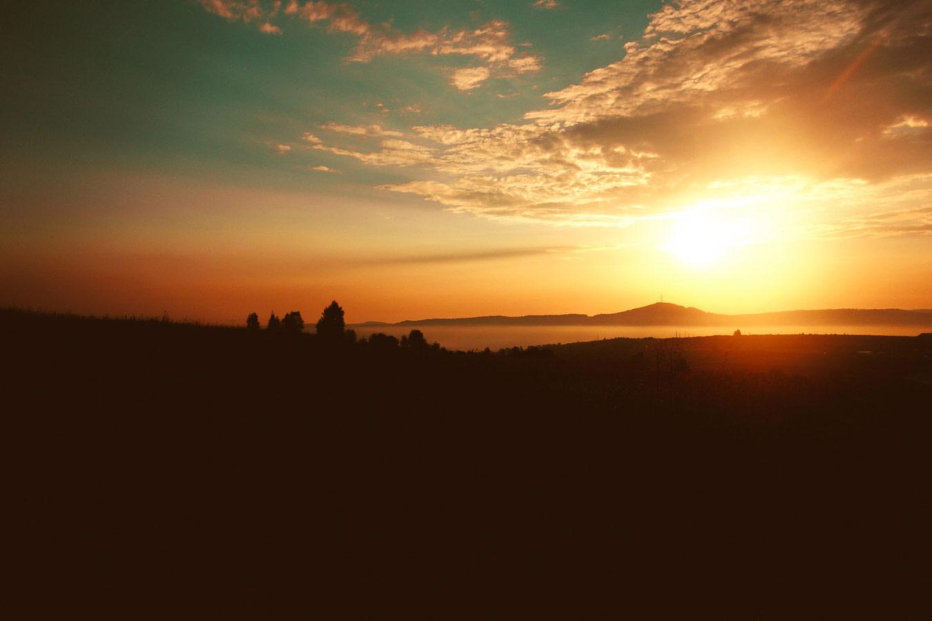 Закат, © Андрей Волков, По пути в Соль-Илецк, Фотоконкурс «О высоком» от National Geographic Россия