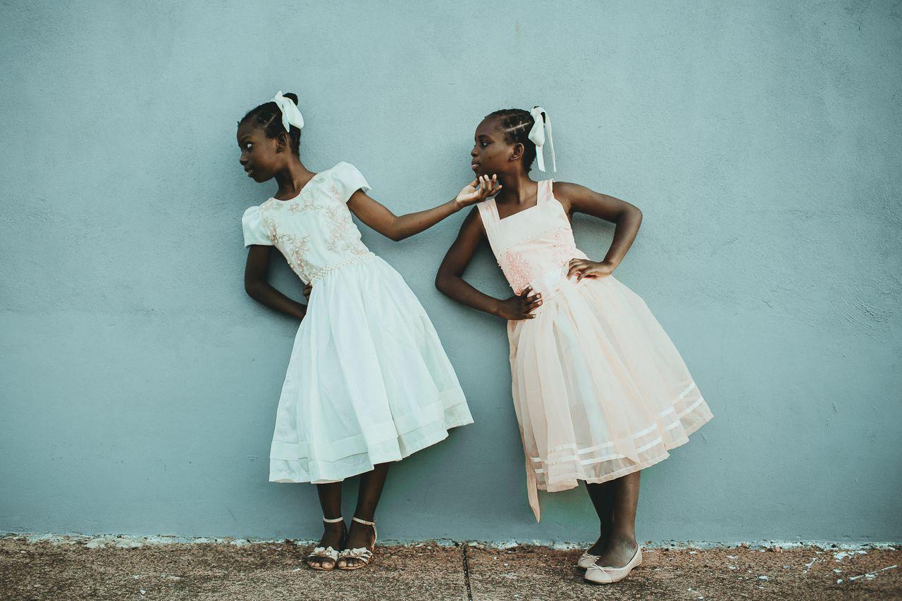 Лейда и Лелль - я тебе подниму, © Тати Итат, Второе место в категории «Люди», Конкурс «Тревел-фотограф года» от National Geographic