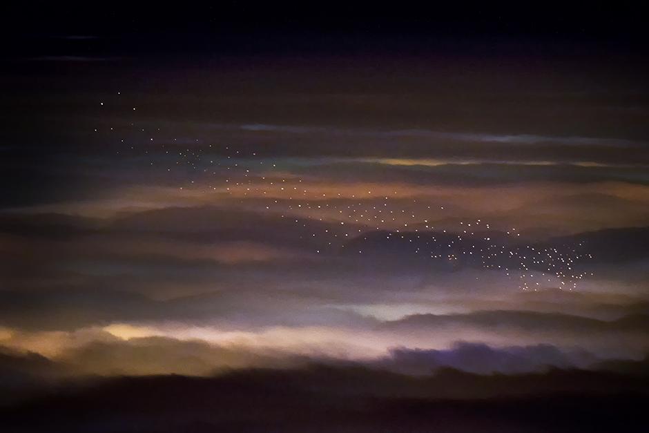Когда фонари летают в небе, © Томислав Вейк, 1-я премия, Фотоконкурс Nikon
