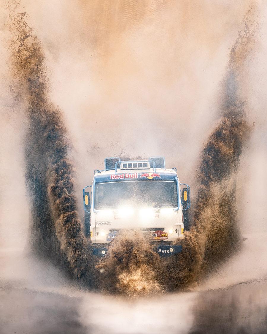Чемпионы Дакара, © Михаил Колесников, Спорт, 1 место - Профессионал, Фотоконкурс Nikon «Я в сердце изображения»